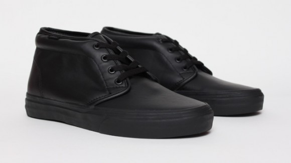 vans-chukka-black-leather-1