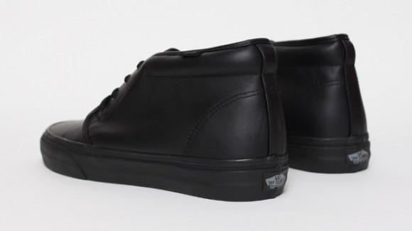 vans-chukka-black-leather-2